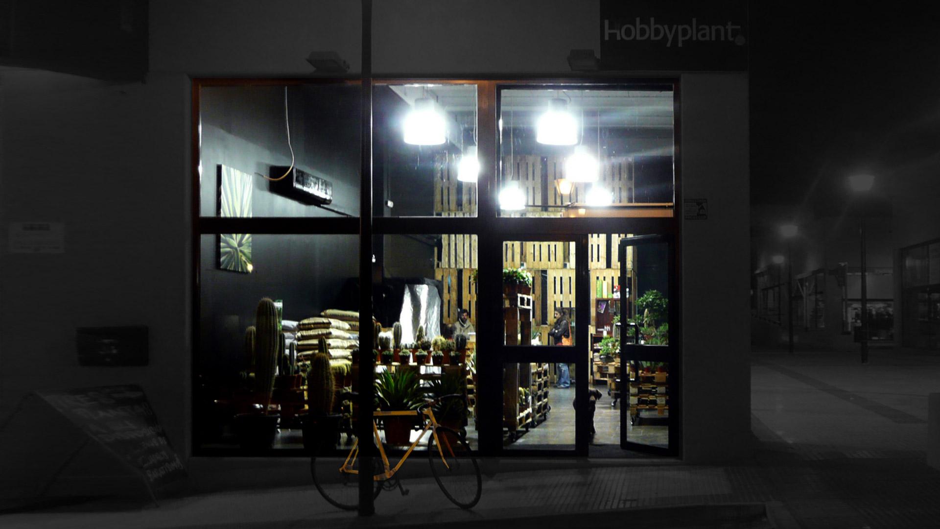 Autoconstrucci n de una tienda con pallets reciclados - Arquitectura invisible ...
